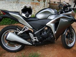NEW HONDA CBR by praveen3d