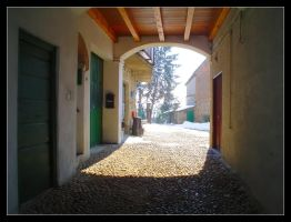 Cortile by Anere