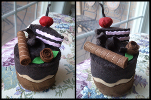 Chocolate Felt Cake by Feyon