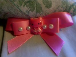Pink Pearl Hello Kitty Bow by BlueberriFox