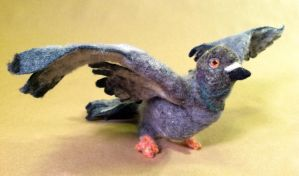 Poseable Needle-felted Pigeon 2 by Maresy