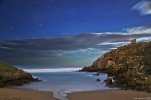 Night at the beach. by MarioGuti