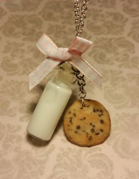 Milk and Cookie Necklace by ninja2of8