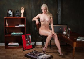 Still Life With Blonde by NaKhym