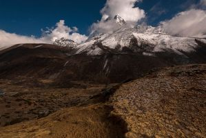Ama Dablam by jasonwilde