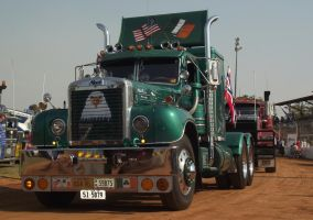 Mack B75 on Parade by RedtailFox