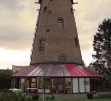 windmill as a home by frunklo