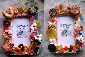 Sweets deco picture frame by kawaiifriendscafe