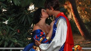 Snow White and Prince Kiss by FrancescaMisa