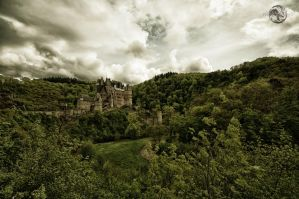 Burg Eltz by Creative--Dragon