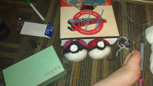 Crocheted pokeball and masterball for Mechacon X by livingdeadgirl013