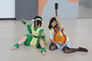 cosmaniaX: Yui and Toph by SasukeUzumaki666