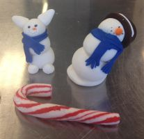 Fondant snowman and bunny by skittysango