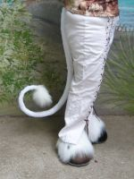 Gothic Unicorn tail by LilleahWest