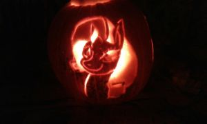 Rarity pumpkin by NightMareBabe14