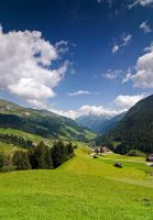 Alpine scenery by mutrus