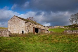 Dales Barn by taffmeister