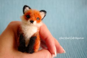 Tiny Red Fox I by SaniAmaniCrafts