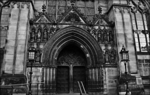 St Giles Entrance by Estruda