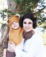 Leia and Ewok 02 by HeatherCosplay