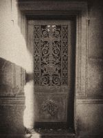 Pere Lachaise VIII by gusti-boucher