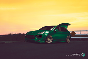 2014 Porsche Cayenne - Waveform by OverdozeCreatives
