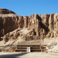 Temple of Hatshepsut by zzzSoleyeszzz