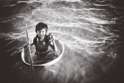 A kid from Floating Village by mushiunchi