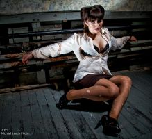 Sarah Michelle Trapped 0476 by MichaelLeachPhoto