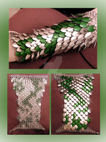 Scalemaille Slytherin Gauntlet by NebulaDraconian