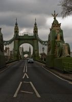 Hammersmith Bridge by Mo-Nabbach