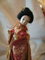 mini geisha doll by curlytopsan