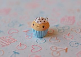 Kawaii Chocolate Chip Cupcake by ChloeeeeLynnee97