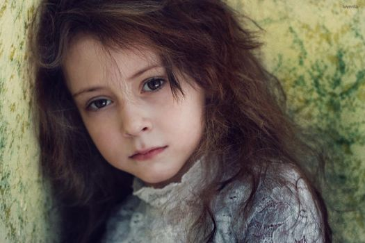 little Nataly by iuventa