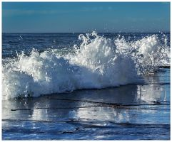 Waves by catchaca1
