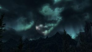Cloudy Night Lights by alrieice