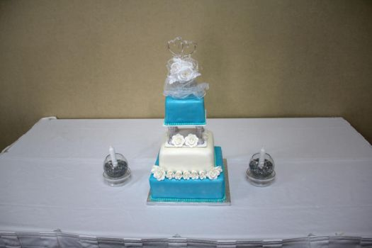 Siebert Clarity Wedding Cake by CellasCakes