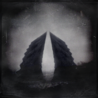 The Collosus by intao