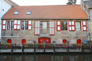 Cute House along the Waterway by Rea-the-squirrel