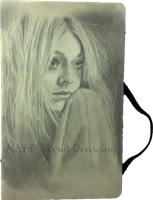 Dakota Fanning by lloveandsqualor