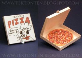 Futurama Pizza Paper Toy by Tektonten