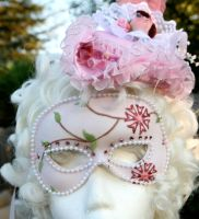 hat and mask by AlAlNe