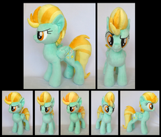 Lightning Dust by fireflytwinkletoes
