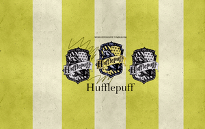 House wallpaper: Hufflepuff by hireece