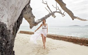 white dress 7 by photoplace