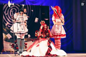 Queen and her Suite by Rei-Doll