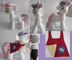 sweetie belle plush with accessories by Plushypuppystudio