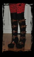 steampunk boots (customised) by Lagueuse