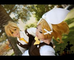 Vocaloid: Twins of the Heart by LimitlessEdge
