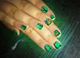 Forest Of The Fox Family nail art by Undomiele